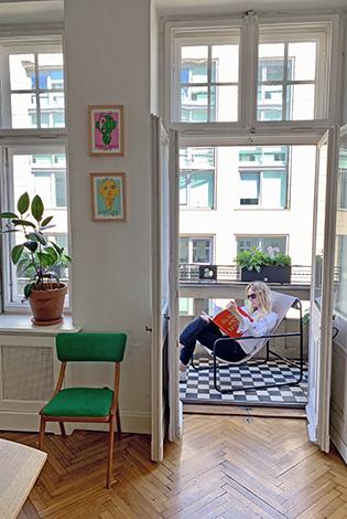 leżak na balkon, fotel na balkon, wygodny fotel, outdoor, leżak do czytania książek, wygodne siedzisko, ciekawy akcent do salonu