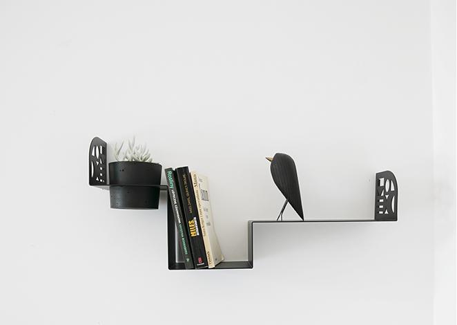 półka na małąroślinę, ozdobna półka, półka na książki, bujnie,